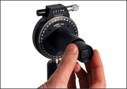 inserting polarizer in lens tube
